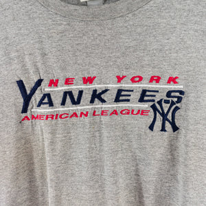 90s LEE Sport New York Yankees Spell Out Embroidered T-Shirt