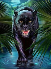 Creeping Jaguar - 5D Diamond Painting Kit