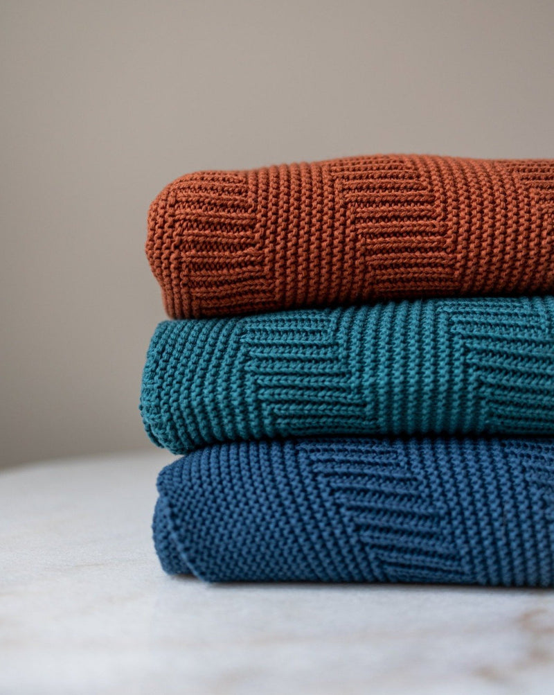 Adrianna Organic Cotton Knit Throw - YaYa & Co.