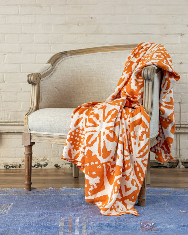 Arllow Abstract Organic Cotton Knit Throw - YaYa & Co.