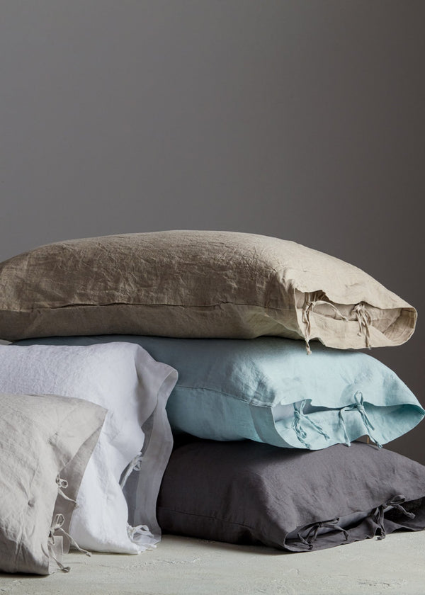 Sofia Organic Belgian Flax Linen Pillowcase with Ties Set - YaYa & Co.