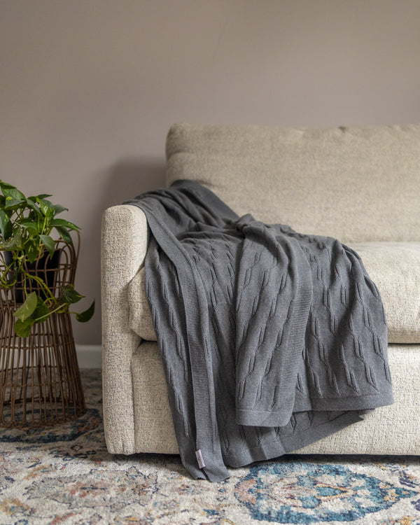 Zoe Knitted Cotton Throw - YaYa & Co.