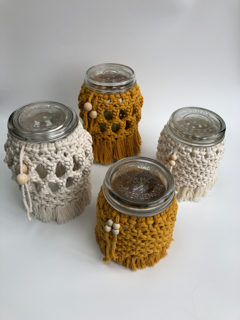 Macrame mason jars in two sizes an two colors