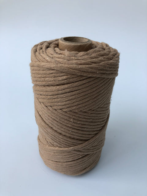 Premium stringrope 5 mm - Soft brown- recycled material (Spanish line)