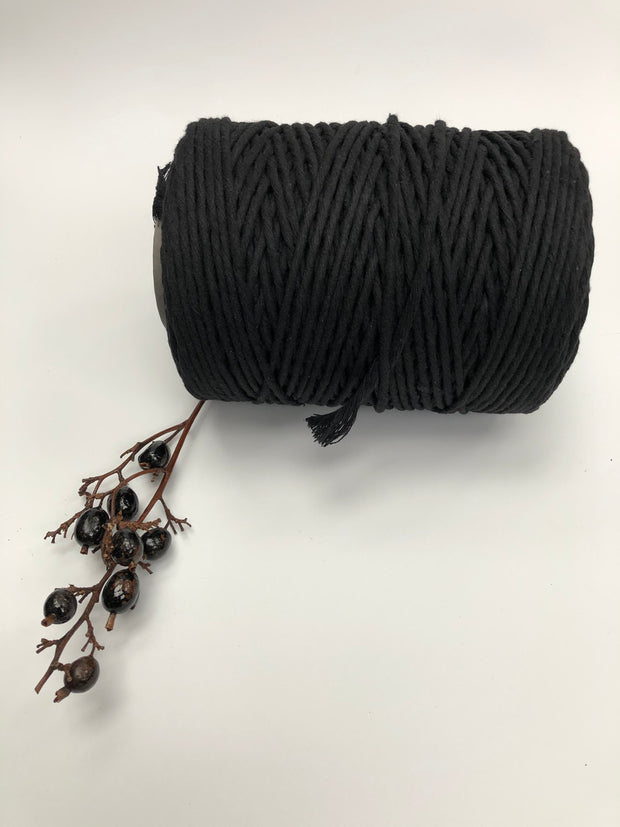 Black - 3 and 5 mm supersoft single twisted cotton stringrope