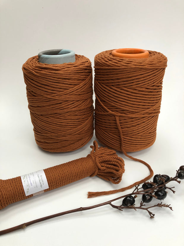 Cinnamon - 3 and 5 mm supersoft single twisted cotton stringrope