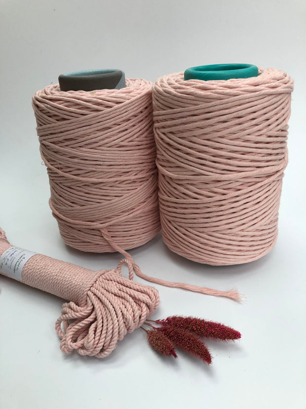Ballet Pink - 4mm, 3-ply twisted rope