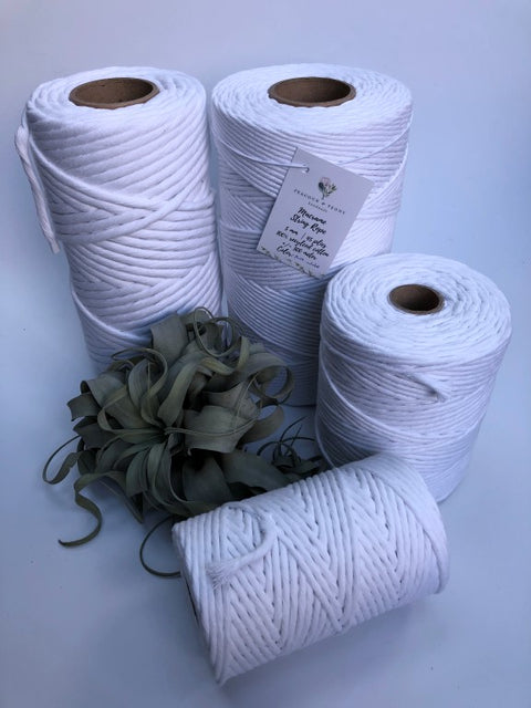 Real white, 8 mm, 130 plies supersoft single twisted cotton stringrope - recycled cotton