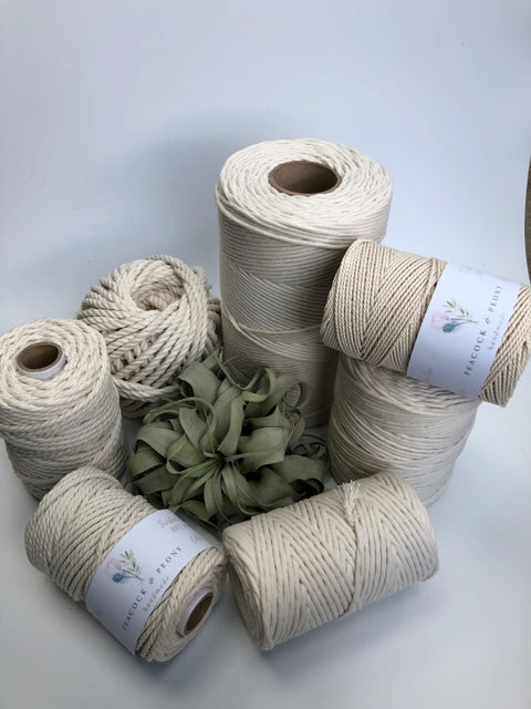 Off white (natural), 4mm, 3-ply twisted rope - recycled cotton