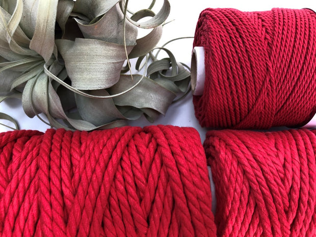 Garnet (dark red), 2.5mm, 3-ply twisted rope - recycled cotton