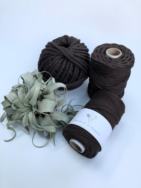 Dark brown, 2.5mm, 3-ply twisted rope - recycled cotton