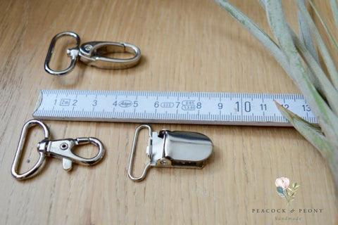 Carabiners / keychain hooks (25 mm) in silver, bronze and copper (rosé gold)