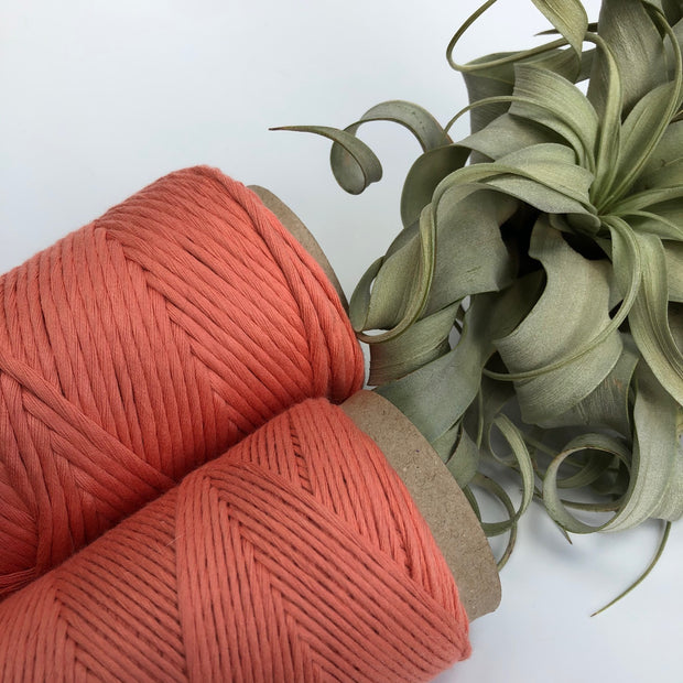 Stringrope - 2 mm - Salmon - 100% Organic Combed Cotton (Spanish line)