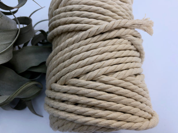 Vanilla, 6mm, 3-ply twisted rope - recycled cotton