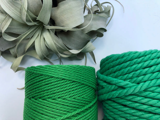 Green, 2.5mm, 3-ply twisted rope - recycled cotton