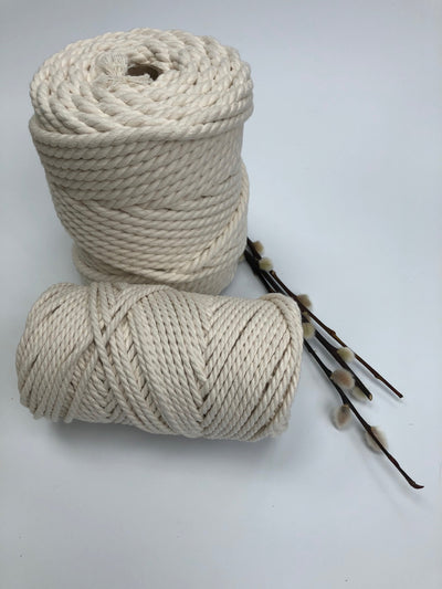 3 ply Twisted Macramerope - Crudo (off white) - in 4, 6 and 8 mm (Spanish Line)