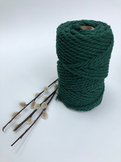 3 ply Twisted Macramerope - Jewel Green (dark green) - in 4, 6 and 8 mm (Spanish Line)