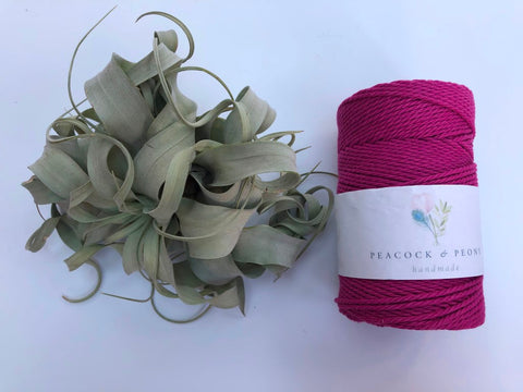 Magenta, 2.5mm, 3-ply twisted rope - recycled cotton