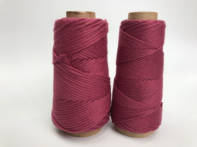 Stringrope - 4 mm - Hot pink - 100% Organic Combed Cotton (Spanish line)