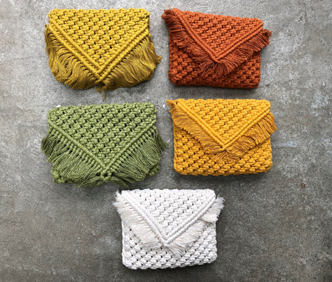 Macrame clutch / macrame bag with strap in five colors