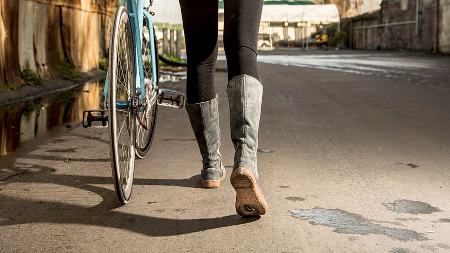 TWC Loves… DZR Zurich 2.0 Commuter Boots