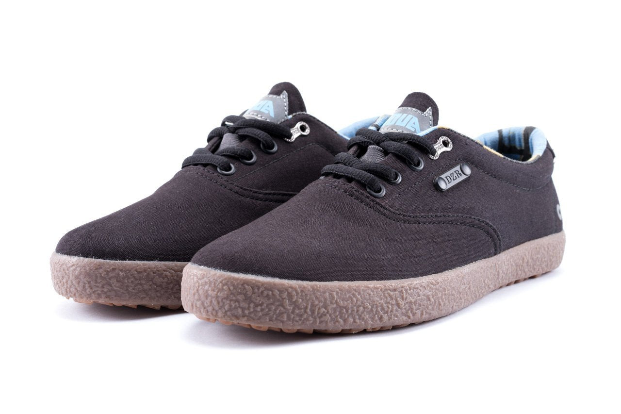 Shift Black Flat Pedal Shoe | DZRshoes - bottom and side view