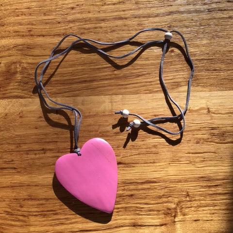 Wooden Heart Heart Necklace - Pink