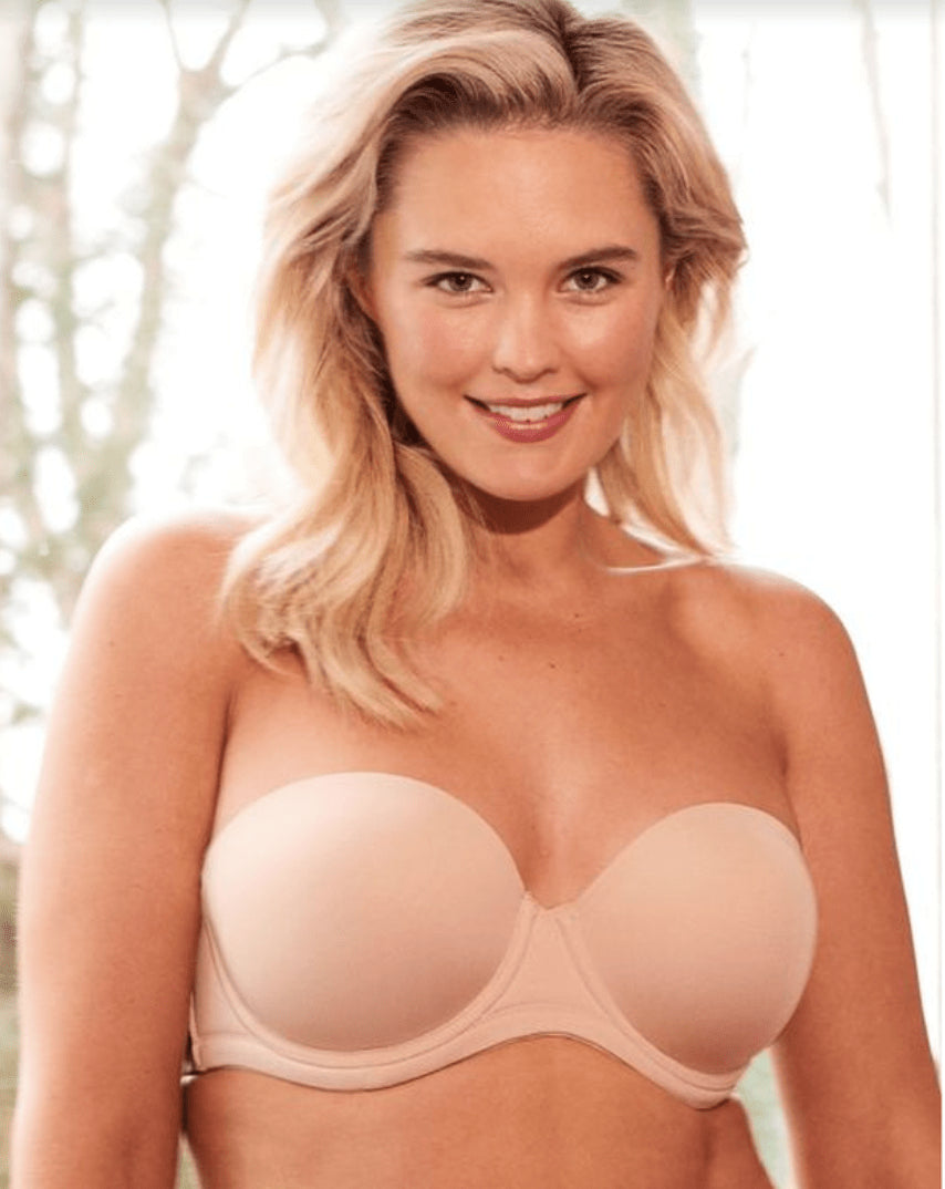 7 Reasons Why You Need a Strapless Bra