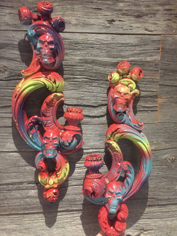Pair Graffiti Ornate Skull  Candle holder wallmount Shabby chic Baroque Tattoo