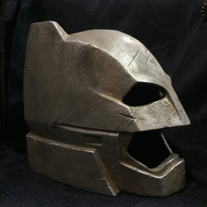 Armored Batman Helmet 1:1 Resin Helmet Batman Vs Superman Prop Cosplay