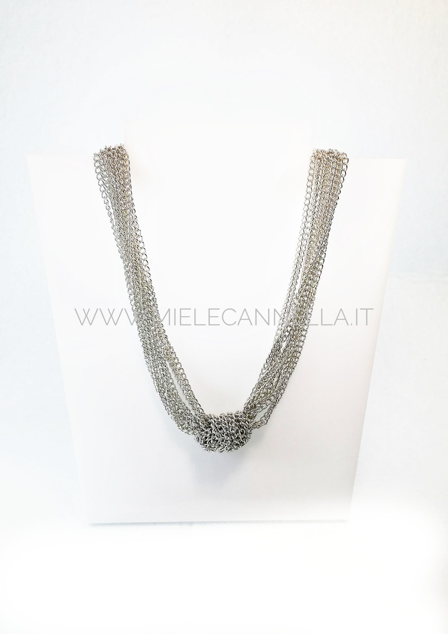 Collana in catena multifilo con nodo centrale. Nickel free - Made in Italy