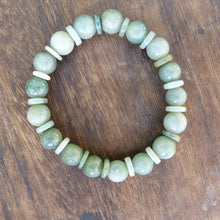 Load image into Gallery viewer, Natural Burmese Jade Bead Bracelet