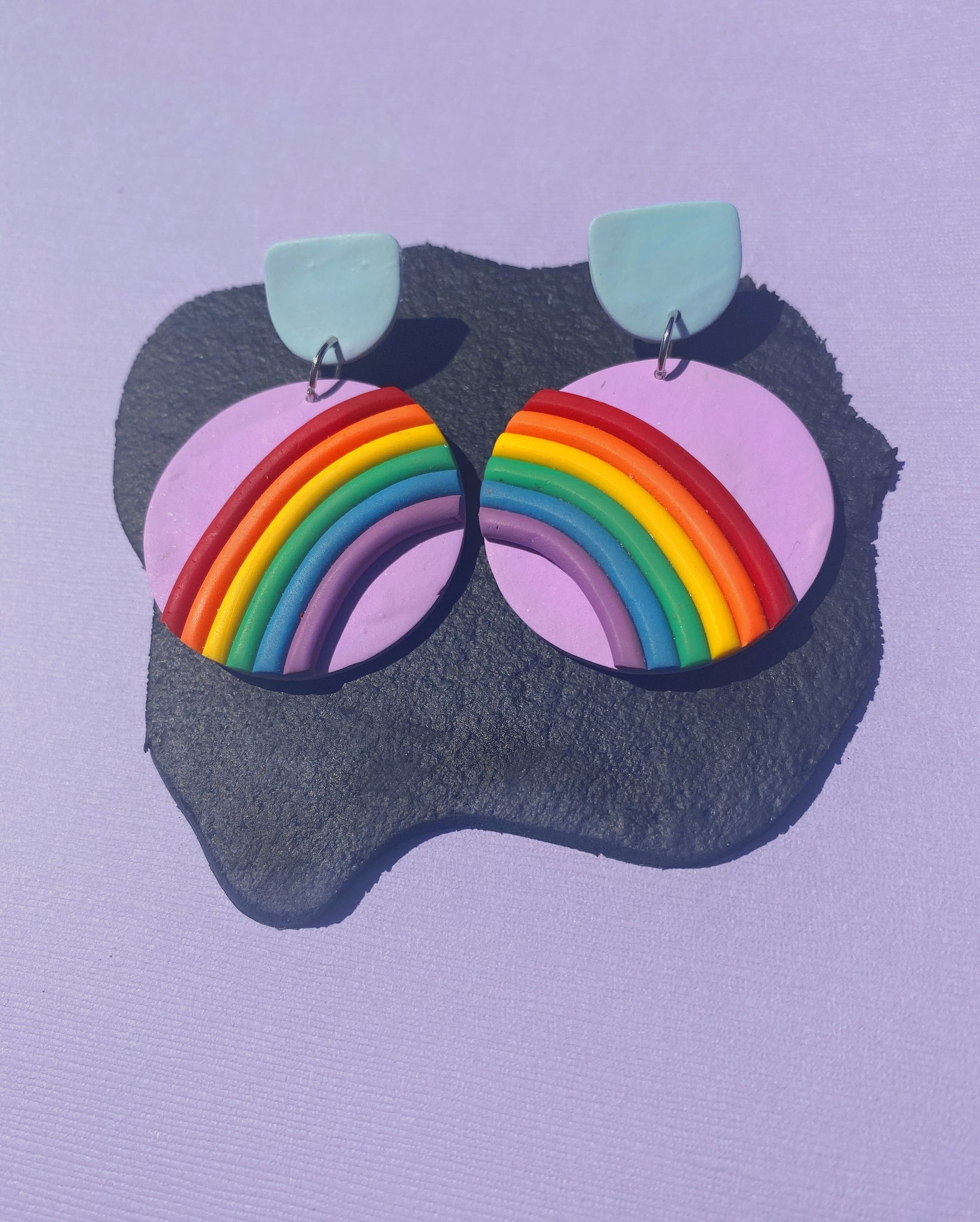 Retro Pride Rainbows in Lilac