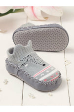 Walktrendy Kids Grey Slip-On Booties