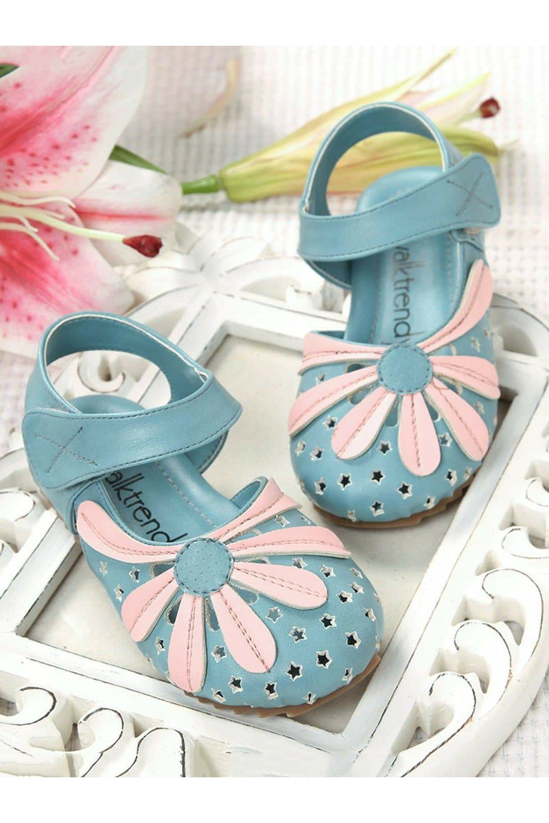 Blue Girls Close Toe Sandals