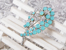 Load image into Gallery viewer, Blue Flower Bouquet Brooch Pin