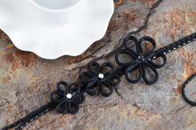 Load image into Gallery viewer, Black Chain Flower Trio Tassel Trend Jewelry Necklace