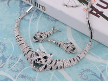 Load image into Gallery viewer, Swarovski Crystal Emerald Eye Striped Tiger Earring Necklace Set