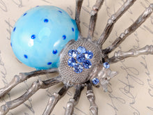 Load image into Gallery viewer, Extra Blue Bodied Vintage Daddy Long Leg Spider Pin Brooch
