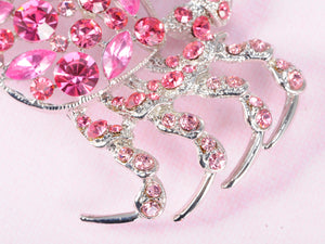 Dangerous Sinewy Rose Crab Jewelry Pin Brooch