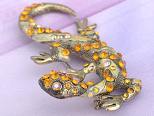 Load image into Gallery viewer, Antique Silver Grey Vintage Gothic Gecko Lizard Long Brooch Pin