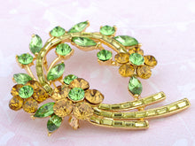 Load image into Gallery viewer, Topaz Green Floral Flower Leaf Wreath Pin Brooch