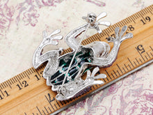 Load image into Gallery viewer, Unique Ruby Eyed Frog Prince Insect Animal Pin Brooch