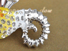 Load image into Gallery viewer, Sea Horse Topaz Sealife Animal Broach Pin