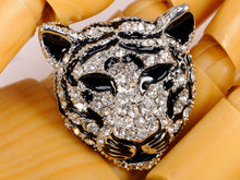 Load image into Gallery viewer, Black Silver Tiger Head King Of The Forest Brooch Pin
