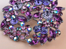 Load image into Gallery viewer, Violet Lavender Purple Floral Wreath Brooch Pin