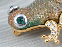 Load image into Gallery viewer, Elements Brown Green Bumpy Skin Waiting Frog Toad Pin Brooch