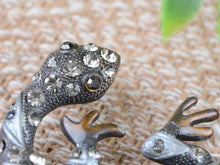 Load image into Gallery viewer, Animal Jewelry Lizard Gecko Pin Brooch