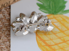 Load image into Gallery viewer, Diamond Floral Wedding Bridal Bouquet Brooch Pin