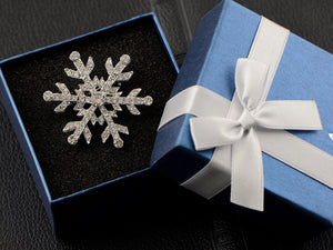Studded Snowflake Casual Novelty Holiday Pin Brooch